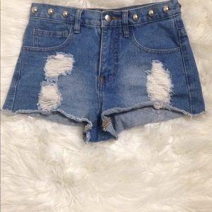 Forever 21 shorts Denim  Studded High Rise Size 24